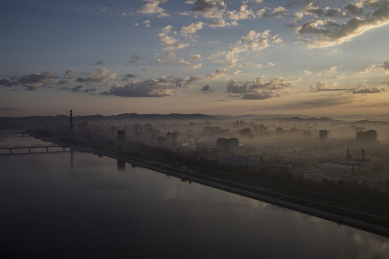 David Guttenfelder - Pyongyang and the Taedong River at dawn, as viewed from the Yanggakdo Hotel