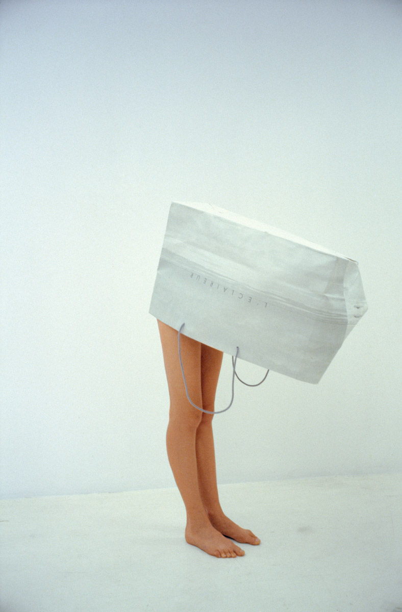 Erwin Wurm - One Minute Sculpture, 1997