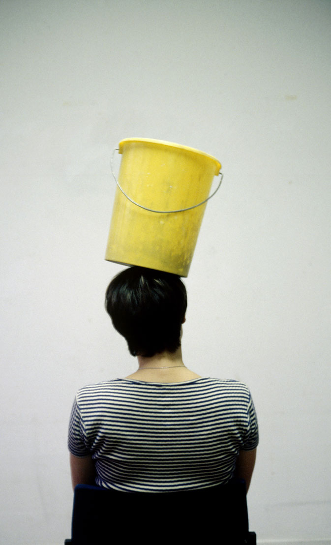 Erwin Wurm - One Minute Sculpture