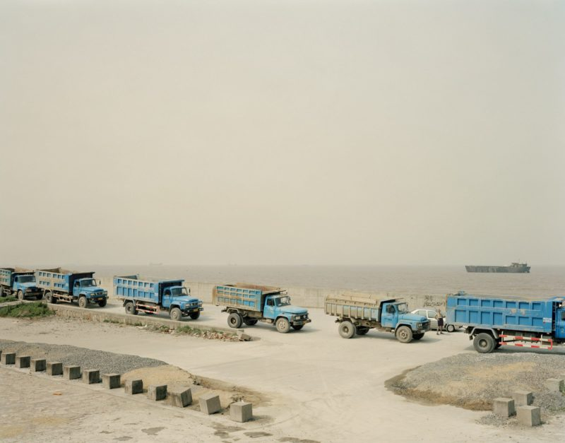 Nadav Kander – Mouth VII, near Shanghai, 2007