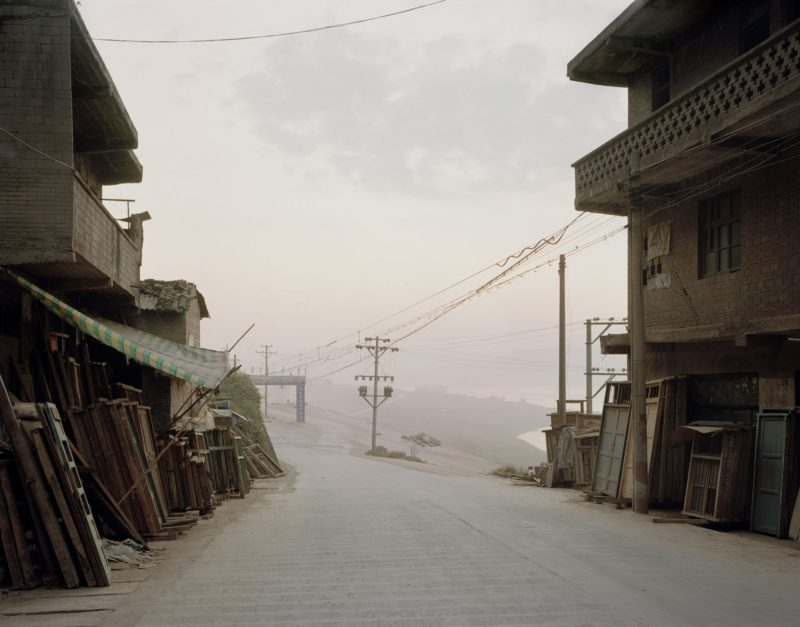 Nadav Kander – Old Fengdu I (Realm of the Dead), Chongqing Municipality, 2006