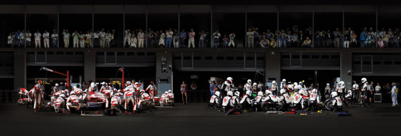 Andreas Gursky – F1 Boxenstopp IV, 2007