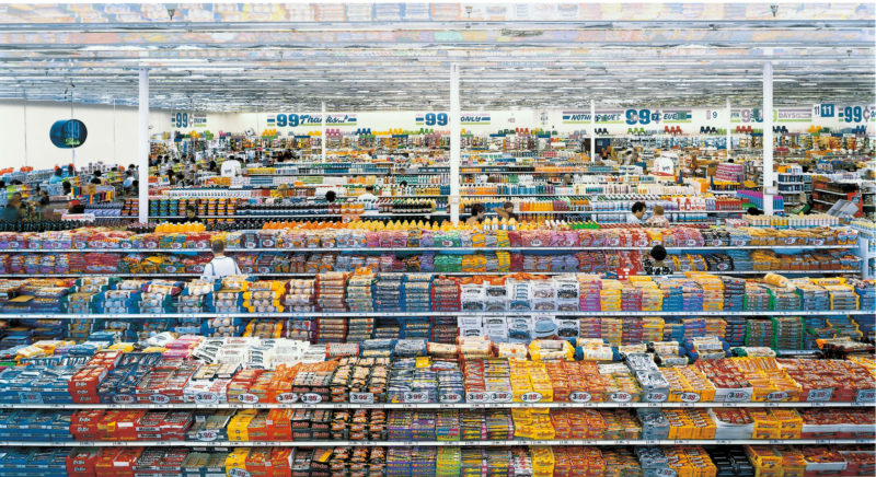 Andreas Gursky - 99 Cent I, 2001