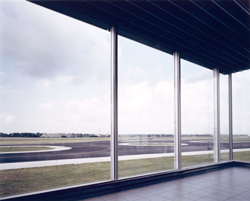 Andreas Gursky - Schiphol, 1994