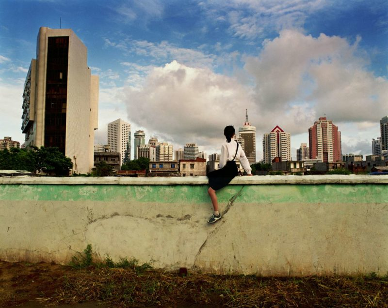 Weng Fen – Sitting on the Wall – Haikou 4, 2002-2003
