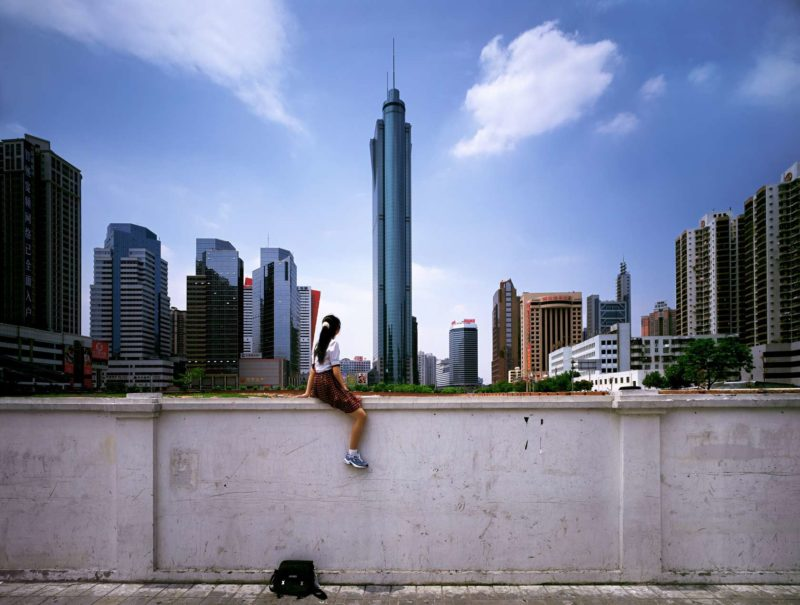 Weng Fen – Sitting on the Wall – Shenzhen 1, 2002-2003