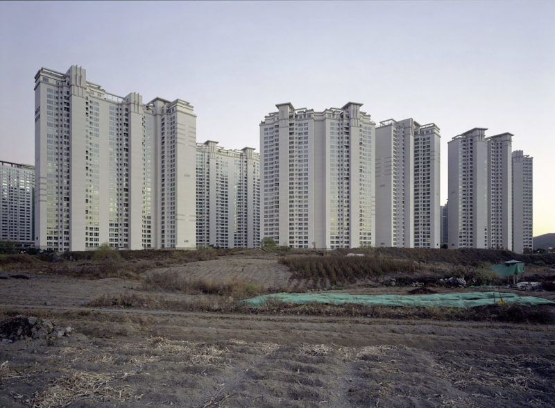 Thomas Struth – Parkview Apartments, Seongnam, Gyeonggi-Do, 2007