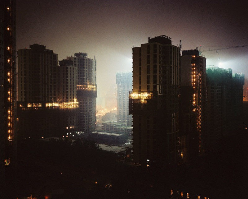 Clemens von Wedemeyer and Maya Schweizer – Metropolis – Report from China, 2004-2006, 42min, Courtesy Galerie Jocelyn Wolff