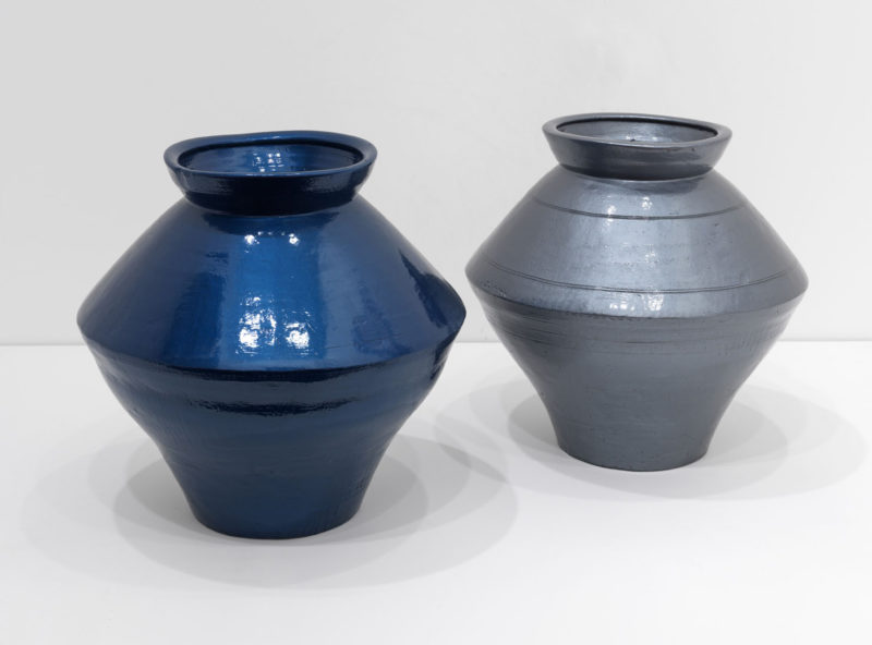 Ai Weiwei - Han Dynasty Vases in Auto Paint, 2013, Han Dynasty vases (202 BC-202 AC) and paint, 43x39x39cm and 46x42x42cm