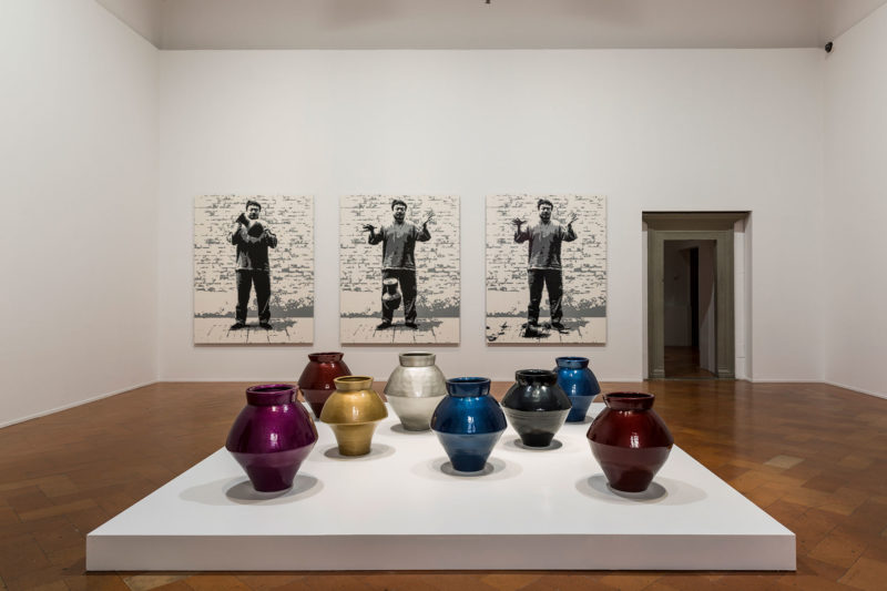 Ai Weiwei - Han Dynasty Vases in Auto Paint, 2014, Palazzo Strozzi, Italy
