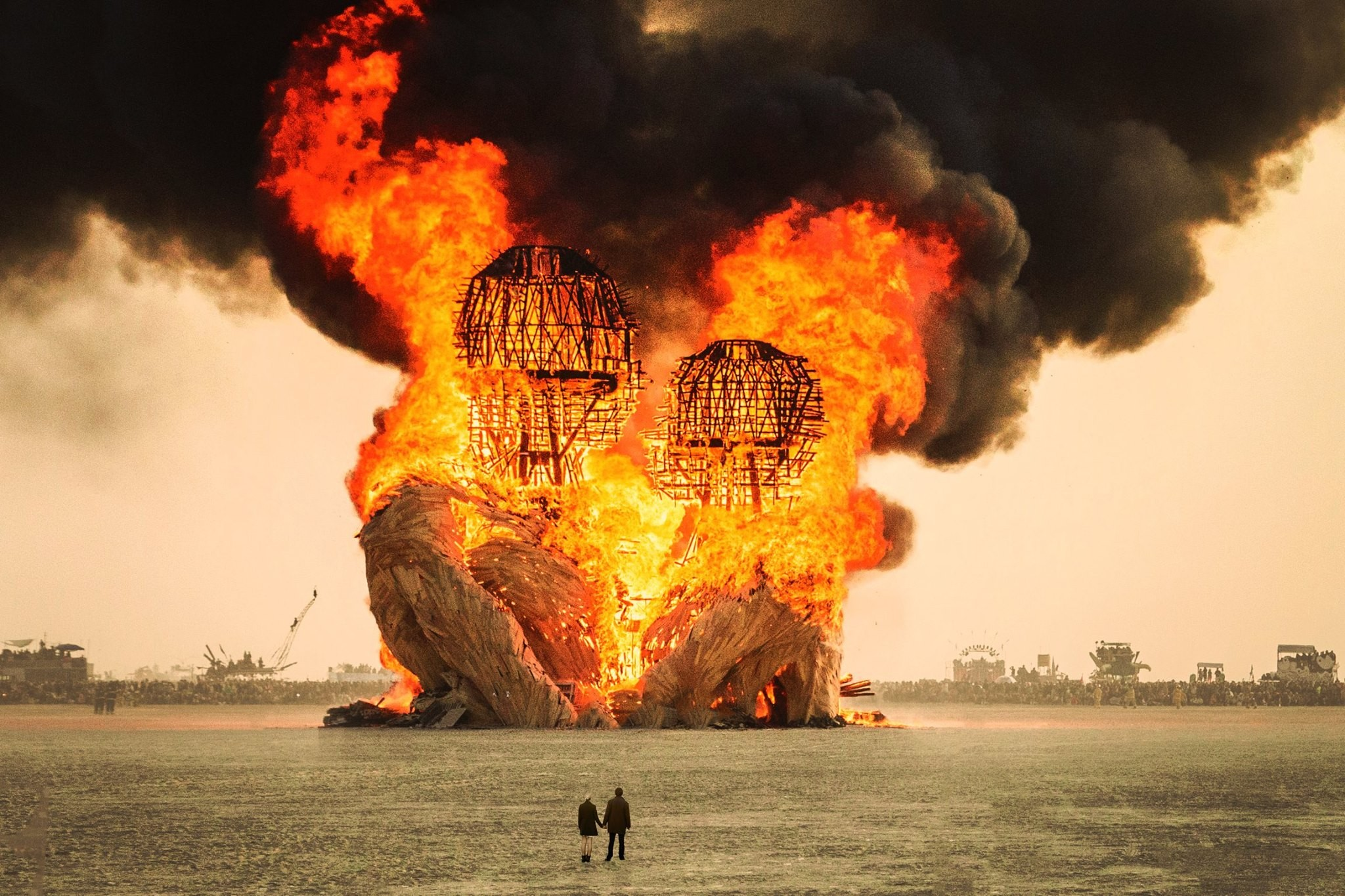 This $265,000 Burning Man sculpture burned to ashes – Public Delivery