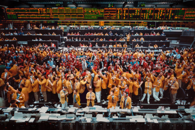 Andreas Gursky - Chicago Mercantile Exchange, 1997