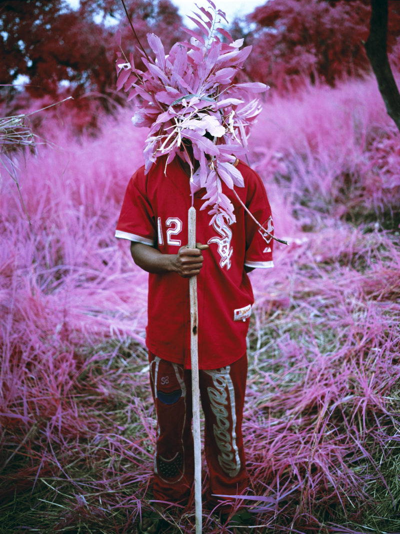 Richard Mosse - Protection, North Kivu, Ostkongo, 2012, digital C print, 60 x 48 inches. Courtesy of Jack Shainman Gallery