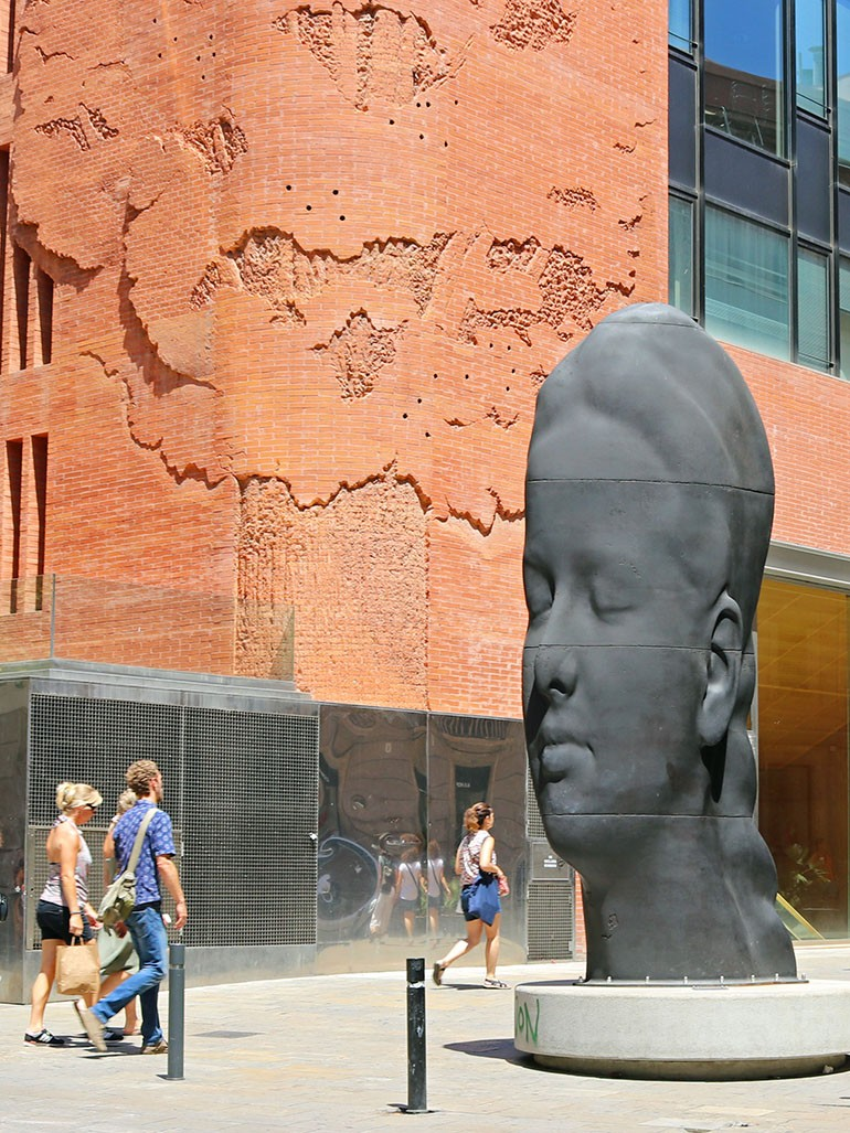 Jaume Plensa's stunning larger-than-life sculptures