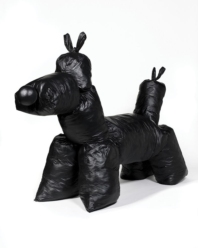 Gimhongsok mocks Jeff Koons highest priced work using garbage bags