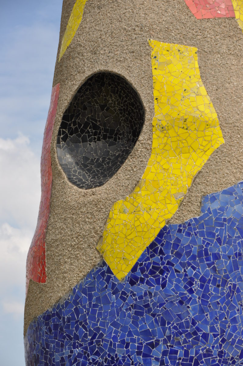 Joan Miró – Dona i Ocell (Woman and Bird), 1982, 22 m x 3 m (72 ft x 9.8 ft), Barcelona, Spain