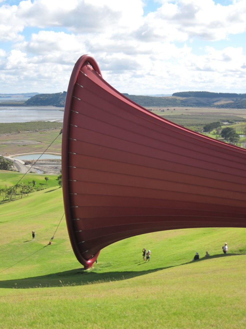 Anish Kapoor – Dismemberment, Site 1, 2009, mild steel tube and tensioned fabric. Each end 25x8m, length 85m, Gibbs Farm, Kaipara Harbour, New Zealand