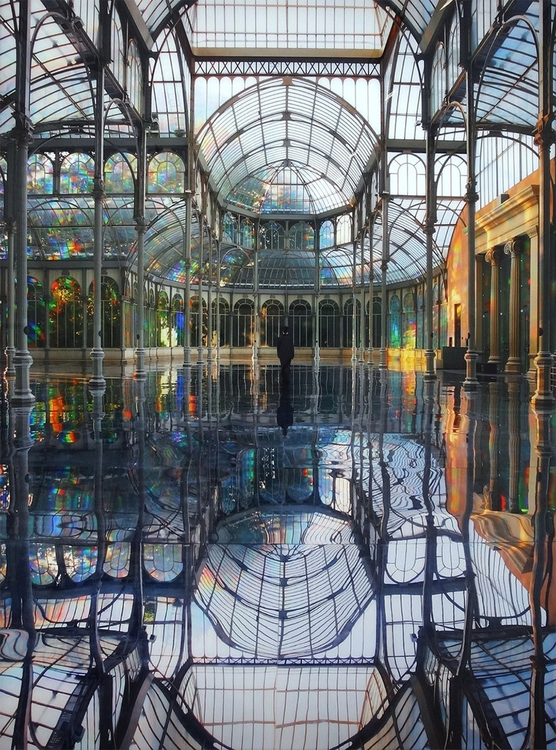 Kimsooja – To Breathe - A Mirror Woman, 2006, Palacio de Cristal, Parque del Retiro, Madrid