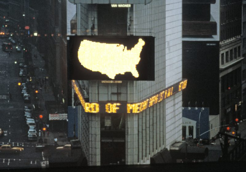 Alfredo Jaar – A Logo for America, 1987/2014, Times Square, New York, 1987