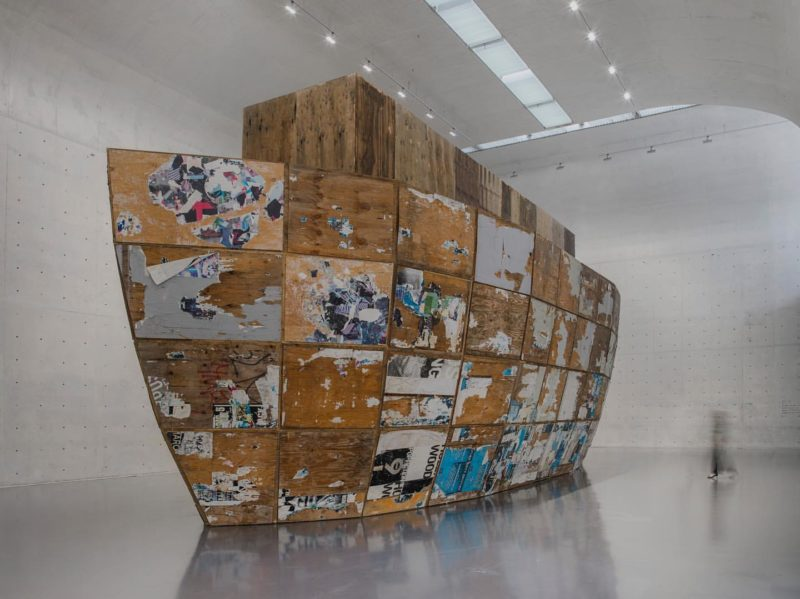 Mark Bradford – Mithra, 2008, plywood, shipping containers, steel, 2133.6 x 609.6 x 762 cm, installation view, Long Museum, Shanghai, China, 2019
