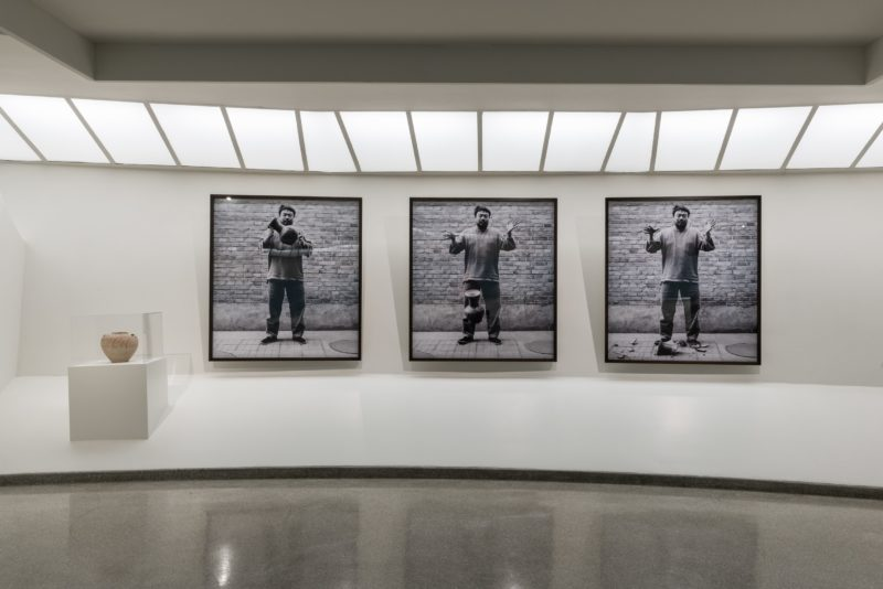 Ai Weiwei - Dropping a Han Dynasty Urn, Art and China after 1989 - Theater of the World