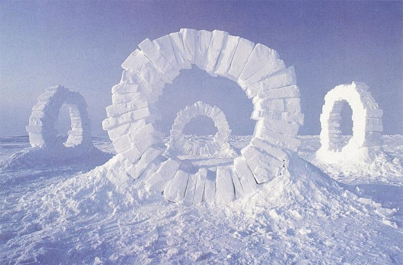 Andy Goldsworthy - Touching North, 1989, North Pole