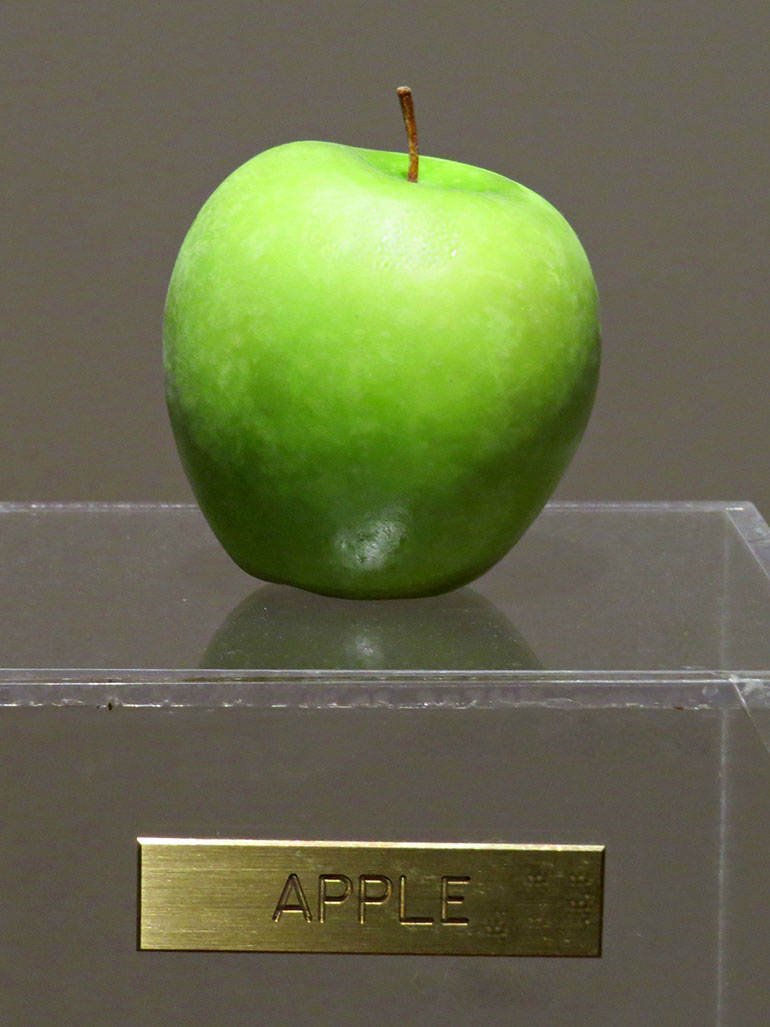 Yoko Ono - This is just an apple