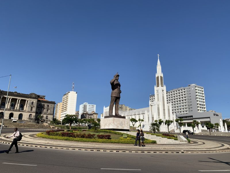 Statue of Samora Machel, 2011 - Independence Square with Catholic Maputo-Machel-Cathedral in the back, in Maputo, Mozambique