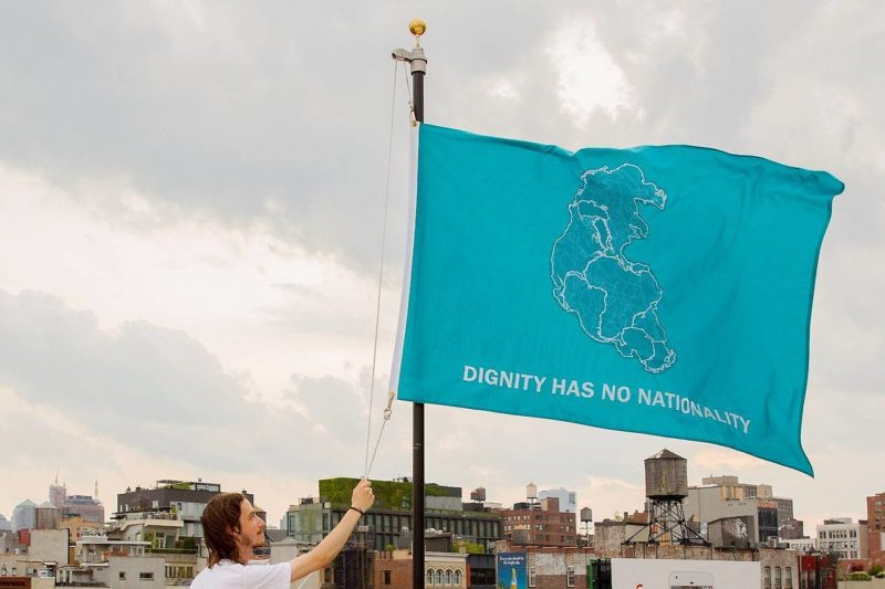Tania Brugeura - Dignity Has No Nationality, 2017, flag for Creative Time