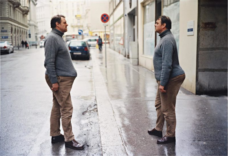 Erwin Wurm - Instructions on how to be politically incorrect, Two Ways Of Carrying A Bomb