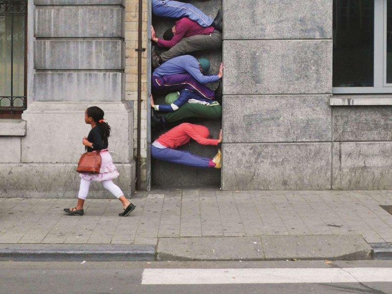 Willi Dorner – Bodies in Urban Spaces