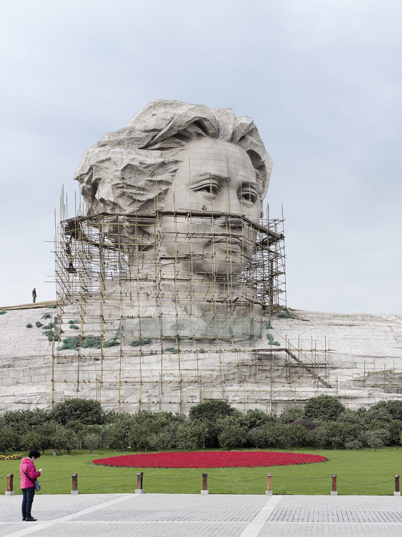 Fabrice Fouillet's photos of world's largest statues