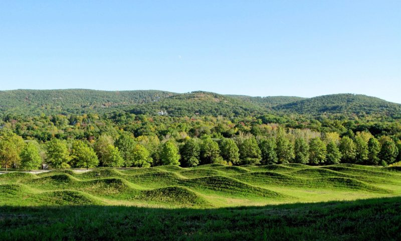 Maya Lin - Storm King Wavefield, 2007-2008, earth and grass, 240,000 square feet (11 acre site), Storm King Art Center, Mountainville, New York