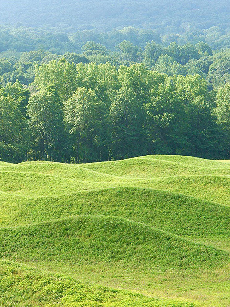 Maya Lin – Storm King Wavefield, 2007-2008, earth and grass, 240,000 square feet (11 acre site), Storm King Art Center, Mountainville, New York feat