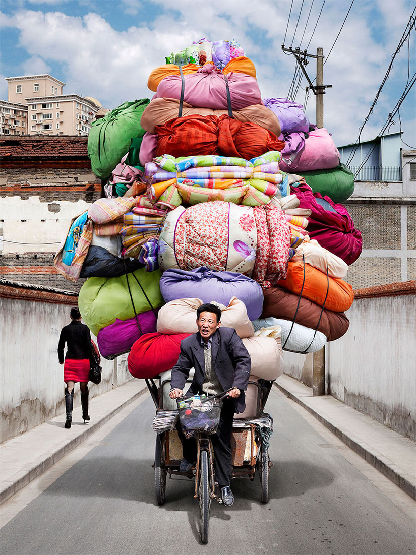Alan Delorme's Totem - Colorful madness in Shanghai