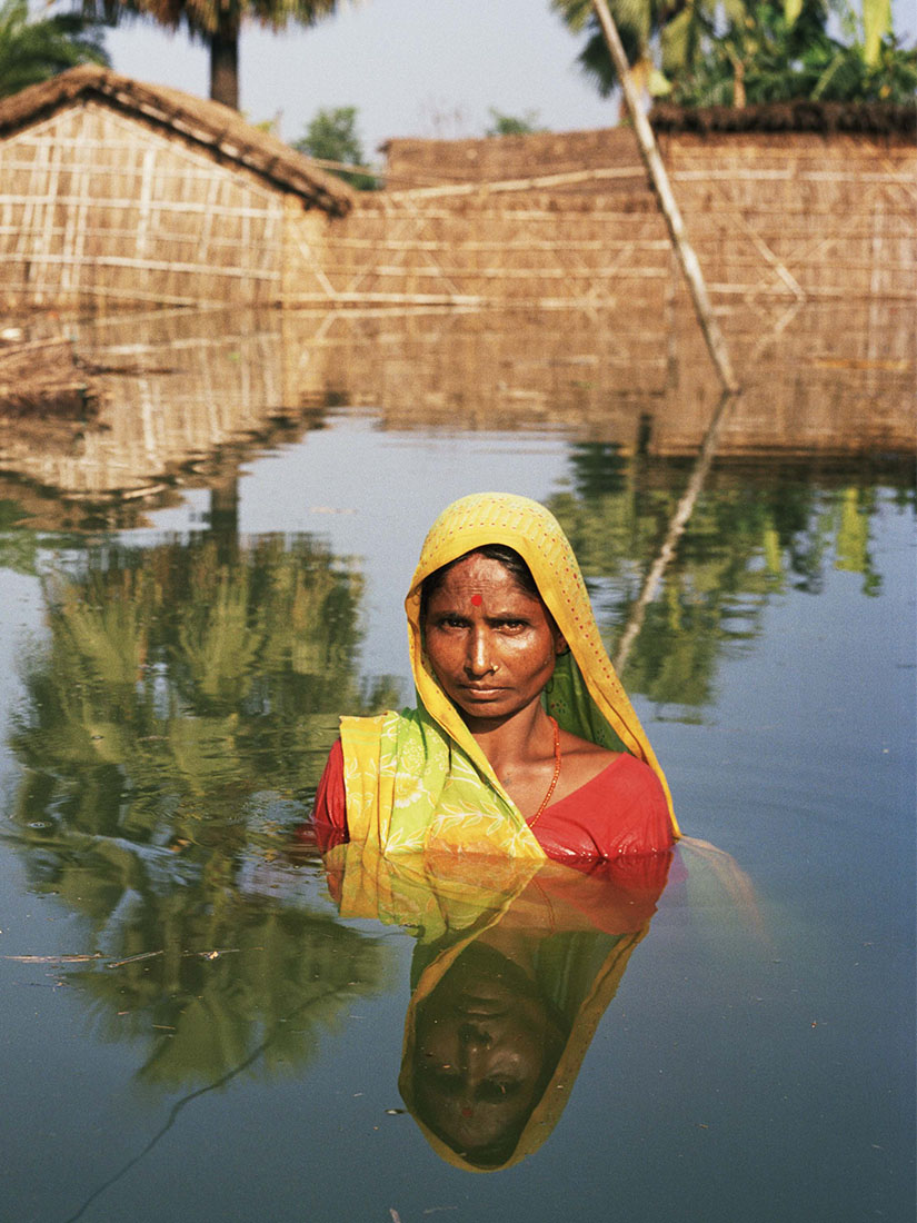 The world under water: Powerful photos taken after floods - Gideon Mendel