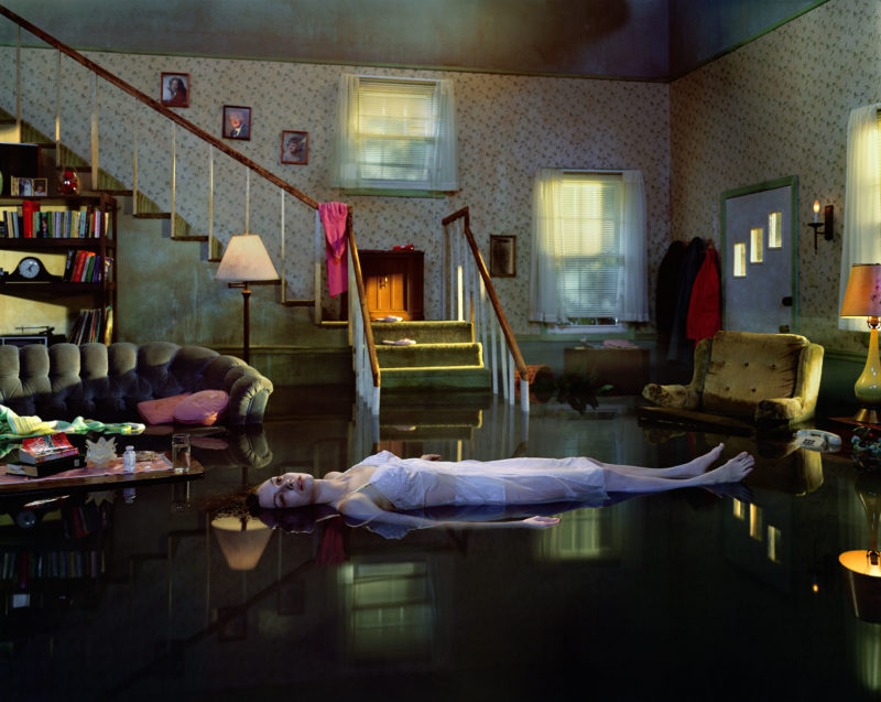 Gregory Crewdson - Untitled from Twilight, 1998-2002, Digital C-print, 121,9 x 152, 4 cm