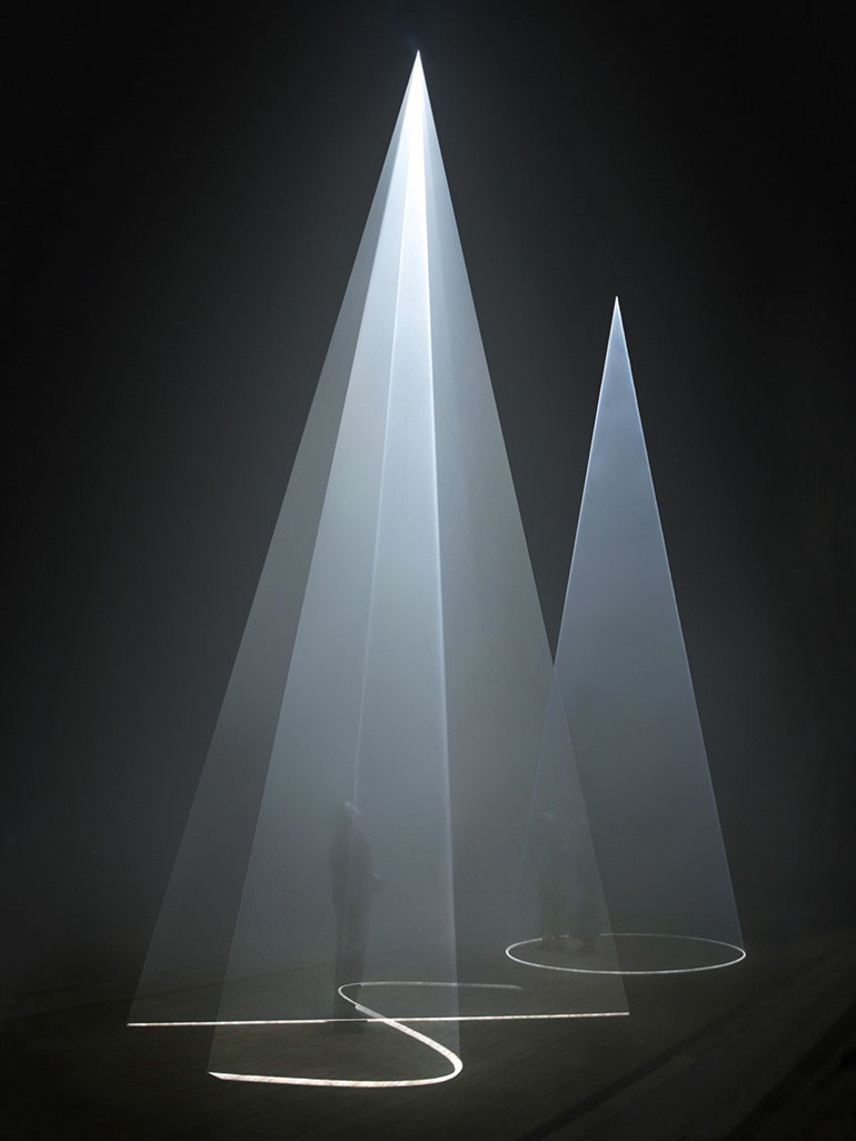Anthony McCall & 10 of his best solid light works