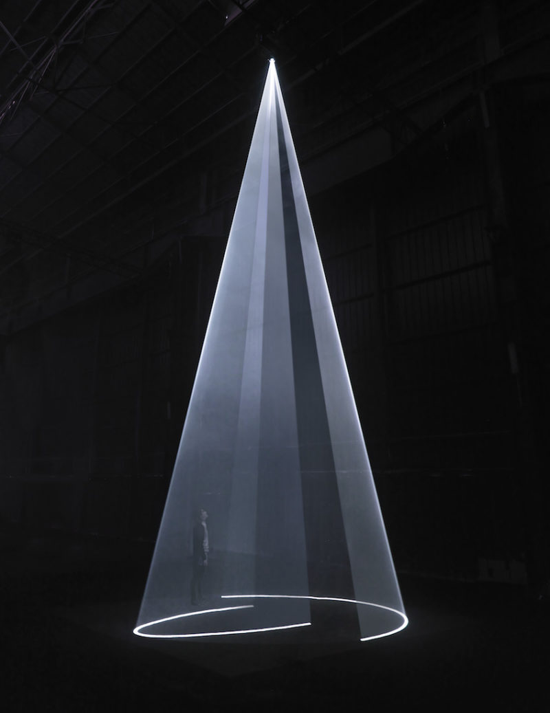 Anthony McCall - Meeting You Halfway, 2009, installation view, Hangar Bicocca, Milan, 2009