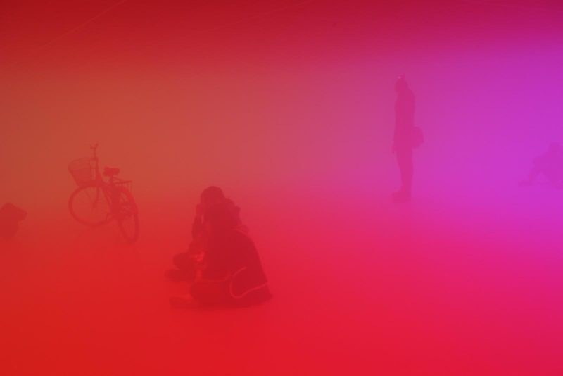 Olafur Eliasson - Feelings are facts, 2010, Fluorescent lights (red, green, blue), aluminium, steel, wood, ballasts, haze machines, Ullens Center for Contemporary Art, Beijing, 2010.