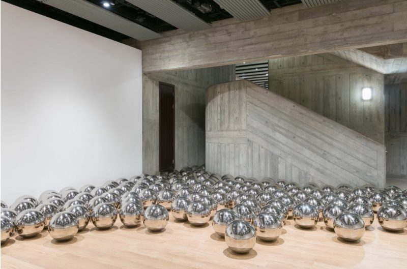 Yayoi Kusama - Narcissus Garden, 1966–2018, Hayward Gallery, London, 2018