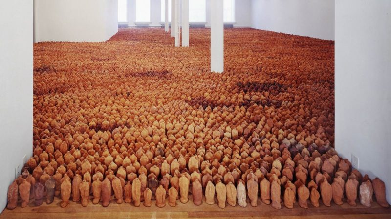 Antony Gormley – Field for the British Isles, 1993, terracotta, variable size- approx. 40 000 elements, each 8-26 cm tall Installation view, Tate Liverpool