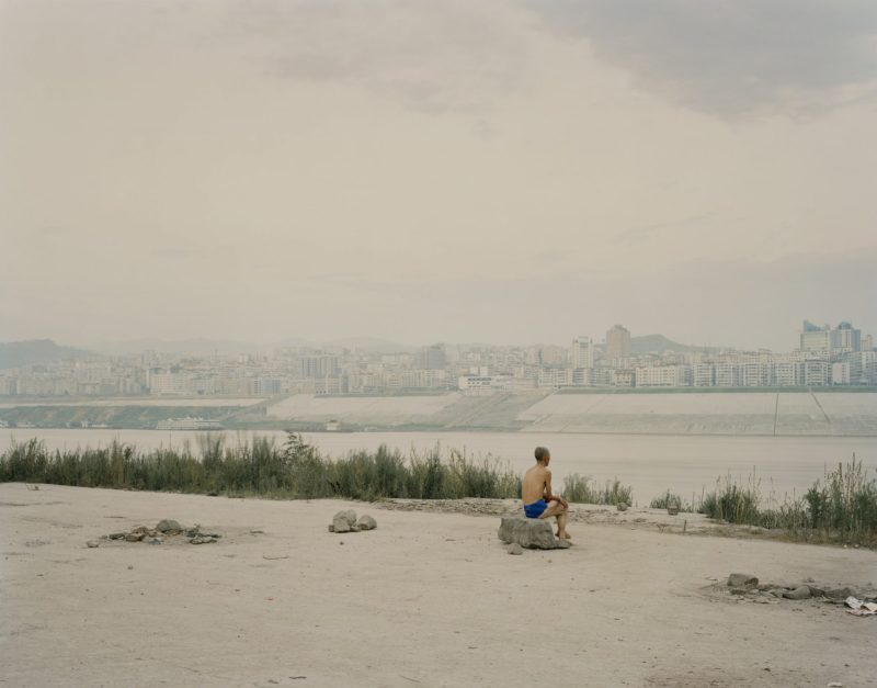 Nadav Kander – Old Fengdu II, (Looking At New Fengdu), Chongqing Municipality, 2006