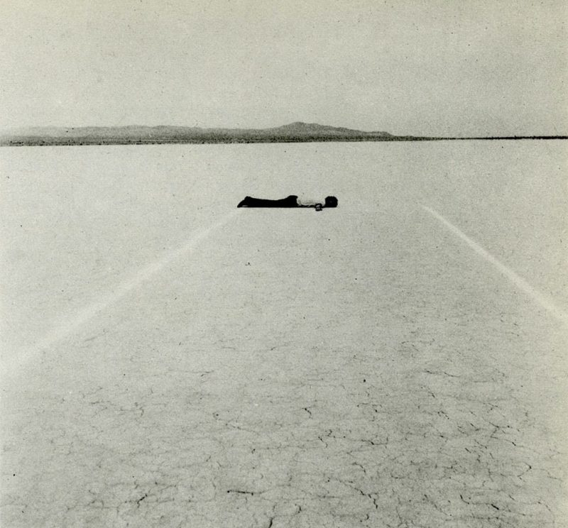 Walter De Maria - Mile Long Drawing, 1968, Mojave Desert