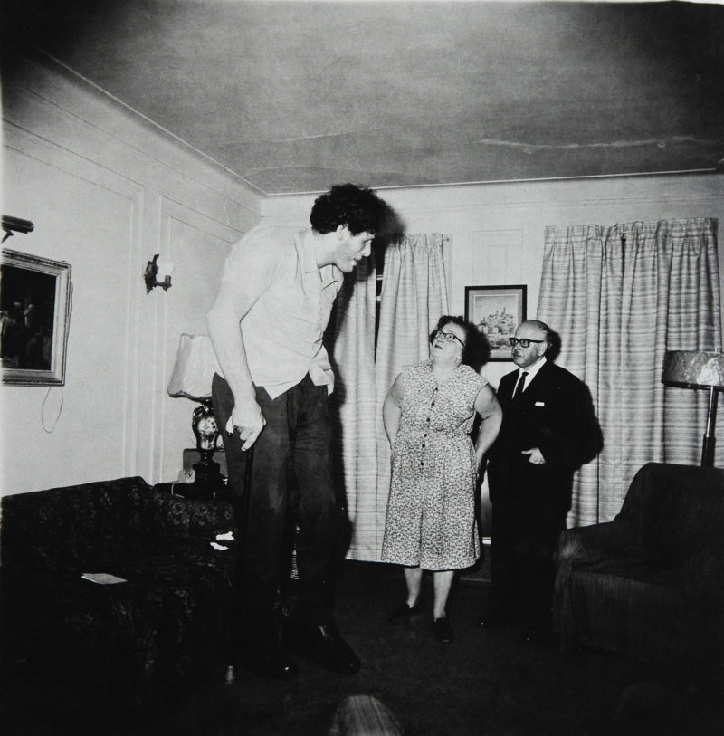 Diane Arbus - A Jewish Giant at Home with His Parents, in the Bronx, N.Y., 1970