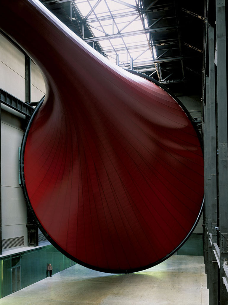 Anish Kapoor's Marsyas really is 150m long