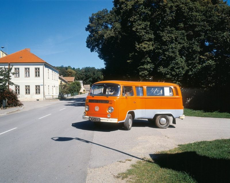 Erwin Wurm - Telekinetically Bent VW Van, 2006