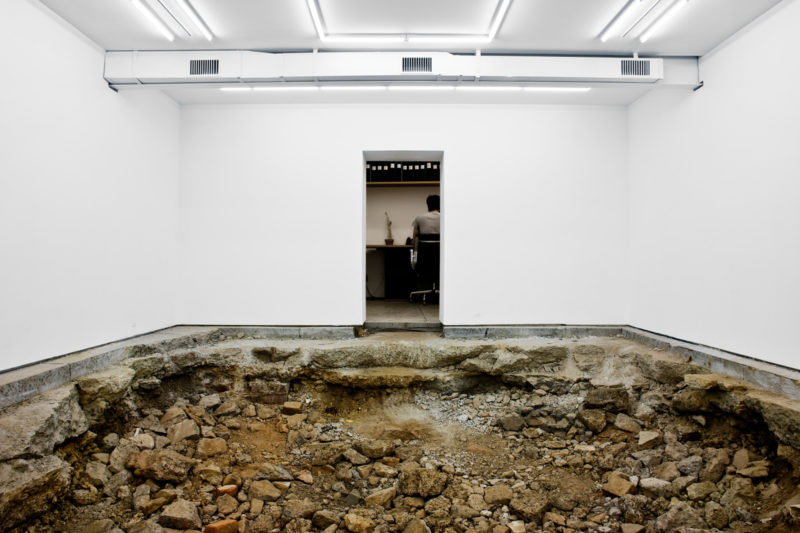Urs Fischer - You, 2007, excavation, gallery space, 1:3 scale replica of main gallery space, dimensions variable