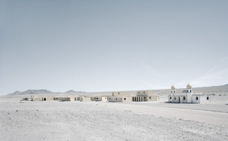 Gregor Sailer - The Potemkin Village - Buildings rise in the Mojave desert at Alligator Junction, a fake town for simulating urban warefare at Fort Irwin