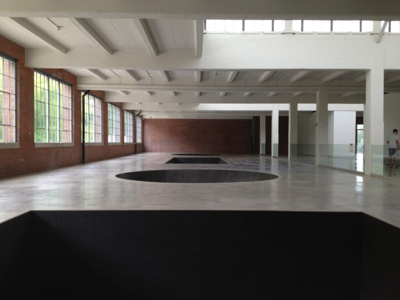 Michael Heizer – North, East, South, West, 1967:2002, installation view, Dia Art Foundation